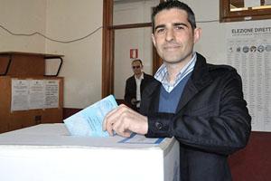 Parma, Federico Pizzarotti al voto (giornaledibrescia.it)